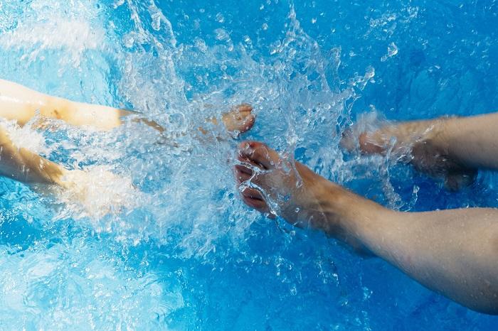 Murovany bazen počas celého roka